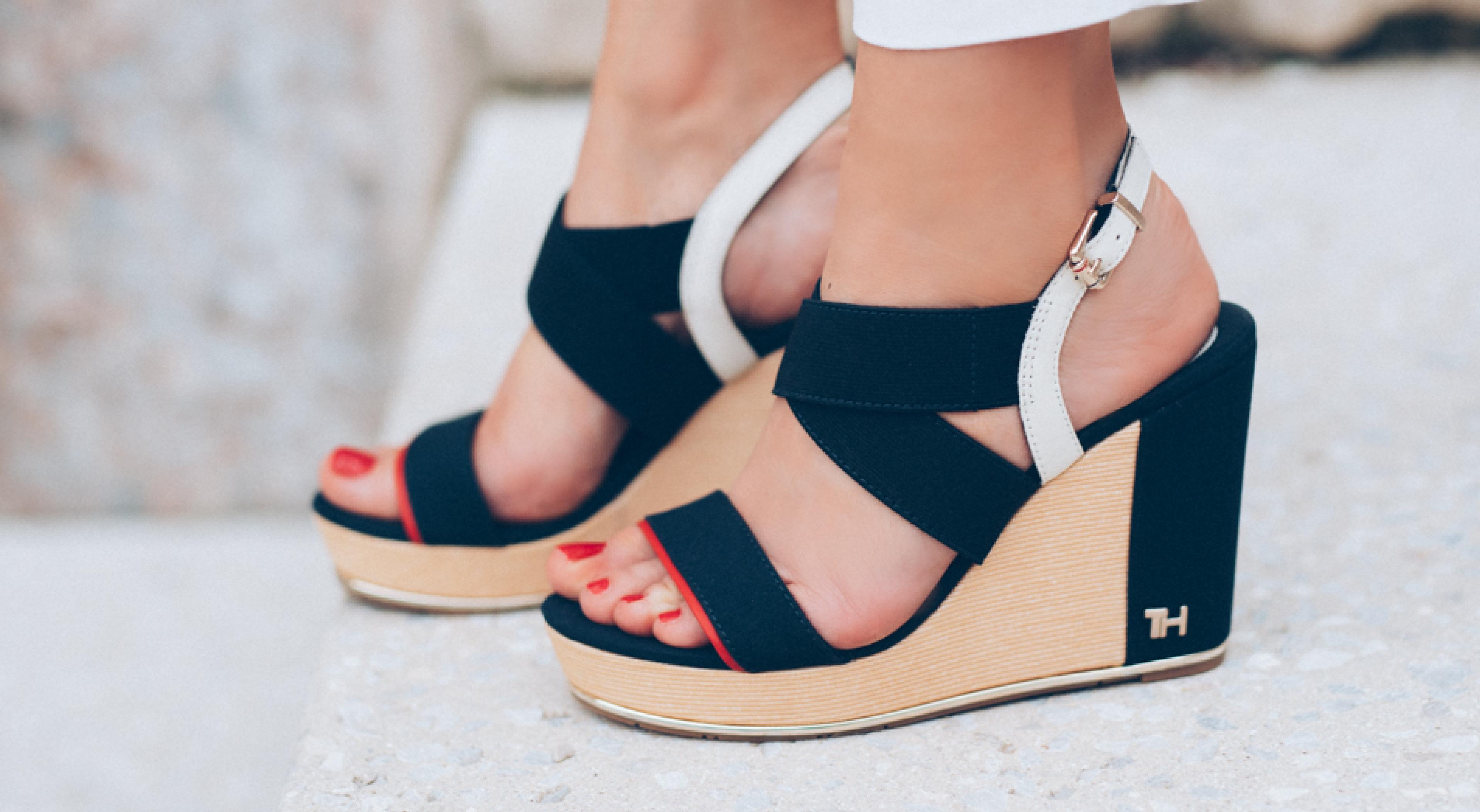 Udobni čevlji z visoko peto
