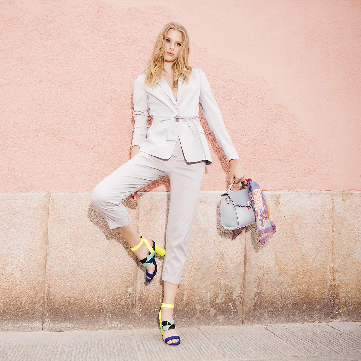 Petra Windschnurer: Barve v svetu poslovne mode