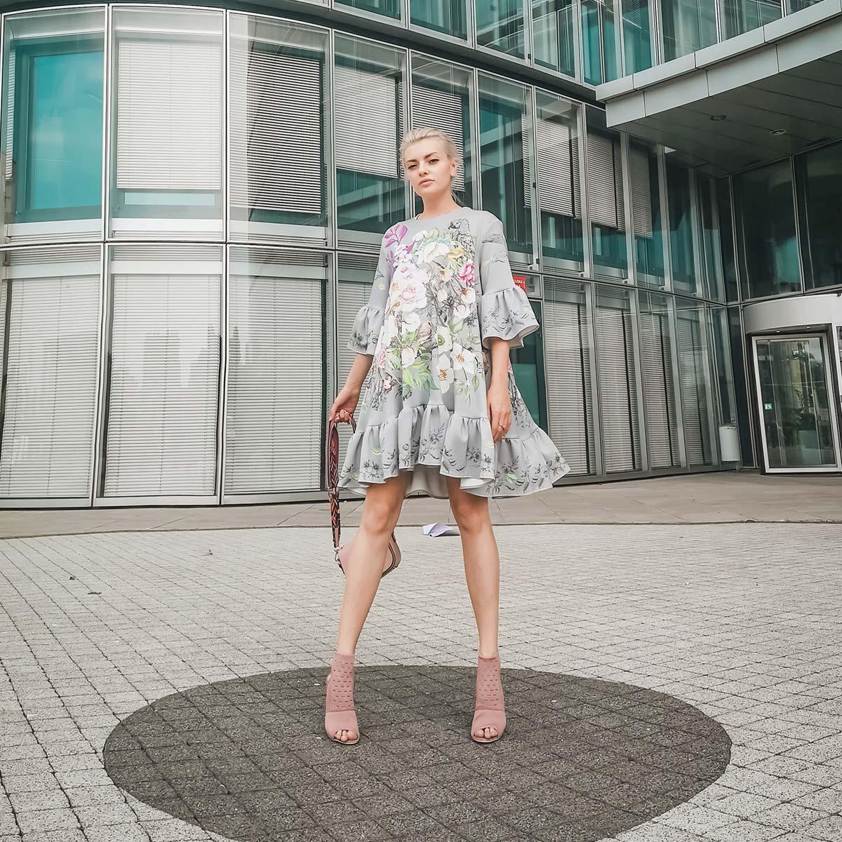 Ella Dvornik: Tudi jaz se znam obleči kot ženska