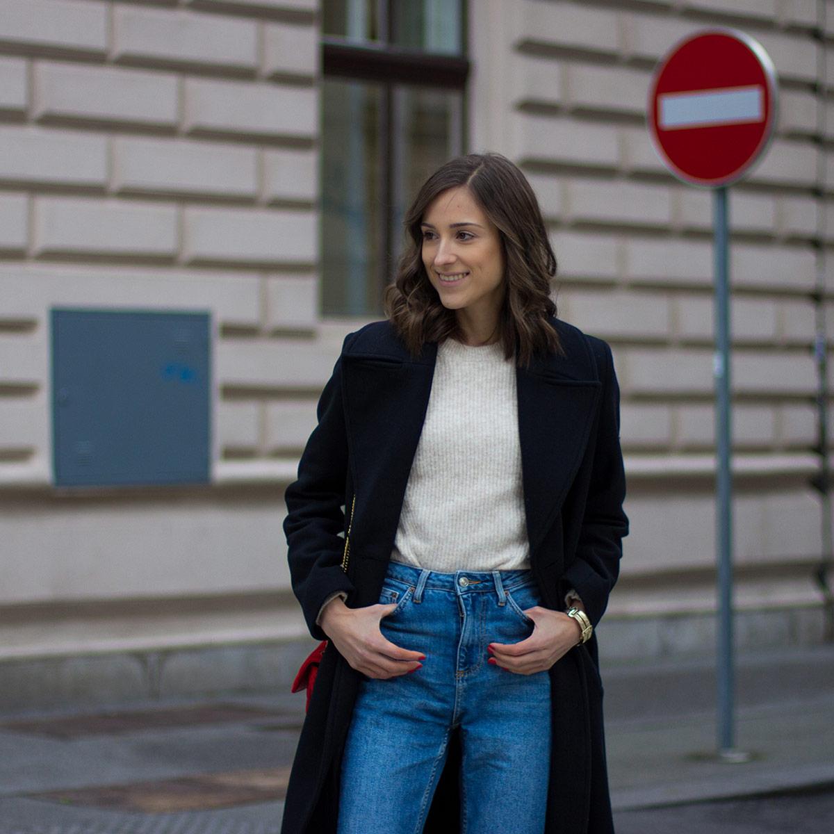Tesa Jurjaševič: Obleke, krila, plašči in hlače – karo vzorec