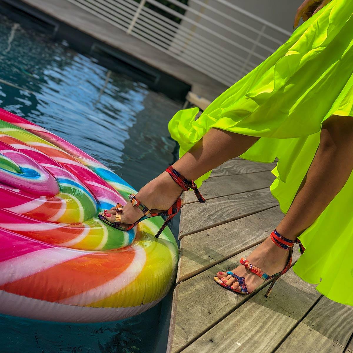 Adriana: Našla sem sandale, ki pašejo na vse!