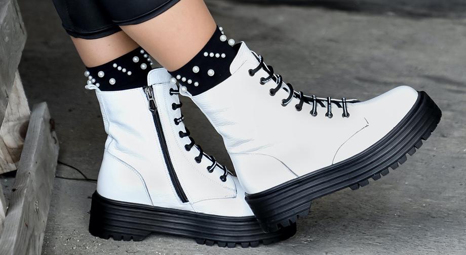 Beli bulerji so modna uspešnica te jeseni!