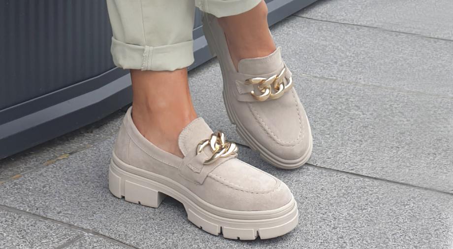 Ta obutev bo največji trend te jeseni!
